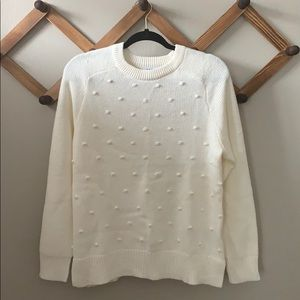 Old Navy pom detail sweater size M. NWT!